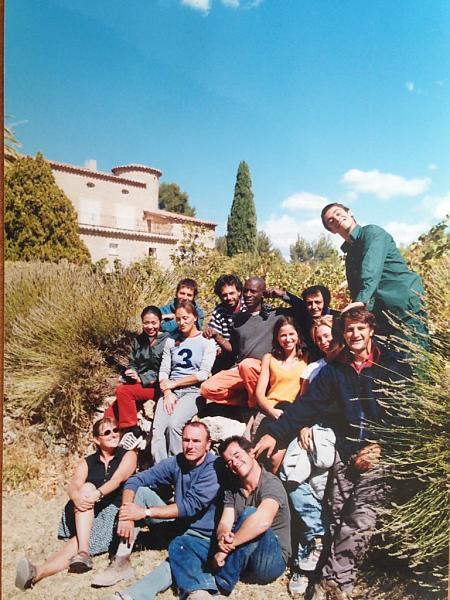 photo de l'équipe de vendangeurs en 2001