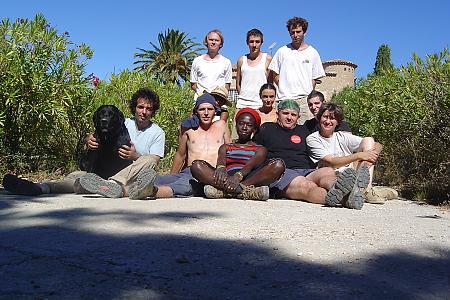 photo de l'équipe de vendangeurs en 2004