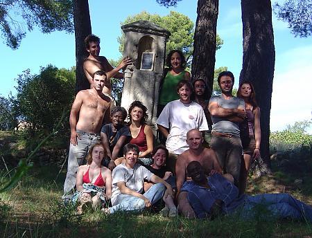 photo de l'équipe de vendangeurs en 2005